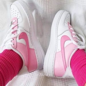 NWT Hot Pink Nike Air Force 1s